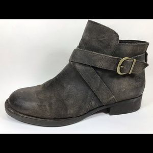 Born Leather Zip Ankle Boots 9M
